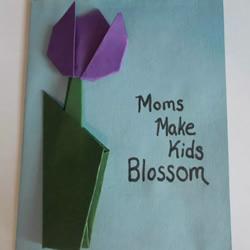 折纸制作母亲节郁金香贺卡的做法教程