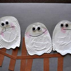 简单又可爱的三个幽灵卡片手工制作教程
