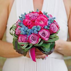 鲜花手工制作婚礼手捧花的做法教程
