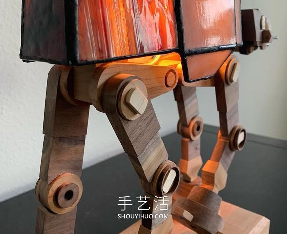 """手工��c流行文化�Y合,彩�L玻璃""""星球大�稹�� -  www.shouyihuo.com"""