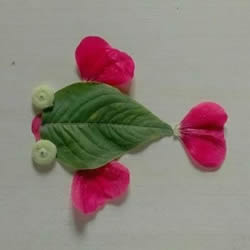树叶花瓣粘贴画金鱼图片简单又漂亮