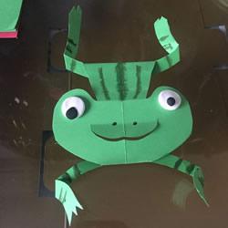 幼儿园卡纸手工制作青蛙教程