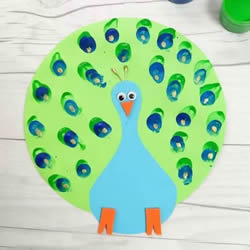 幼儿园卡纸孔雀手工制作图片超简单