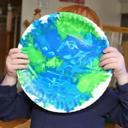地球日手工制作美丽的纸盘地球