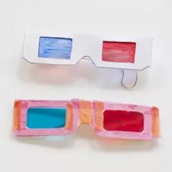 用而�@�{��塑料袋自制3D眼�R的方法�易教程