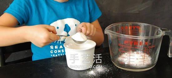 ��涡°y白色光芒���:硼砂水晶字母名字的制ξ 作方法 -  www.shouyihuo.com