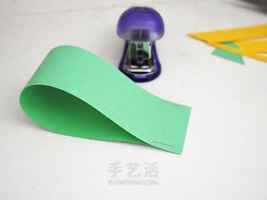 卡纸飞机手工制作图解步骤简单 -  www.shouyihuo.com